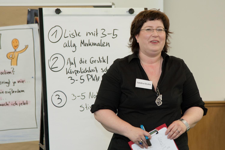 Sandra Dirks - PArodien im Seminar mit Max Giermann