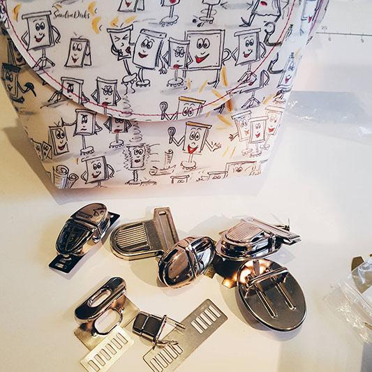 Sandra Dirks - Verschlüsse für Teilnehmertaschen