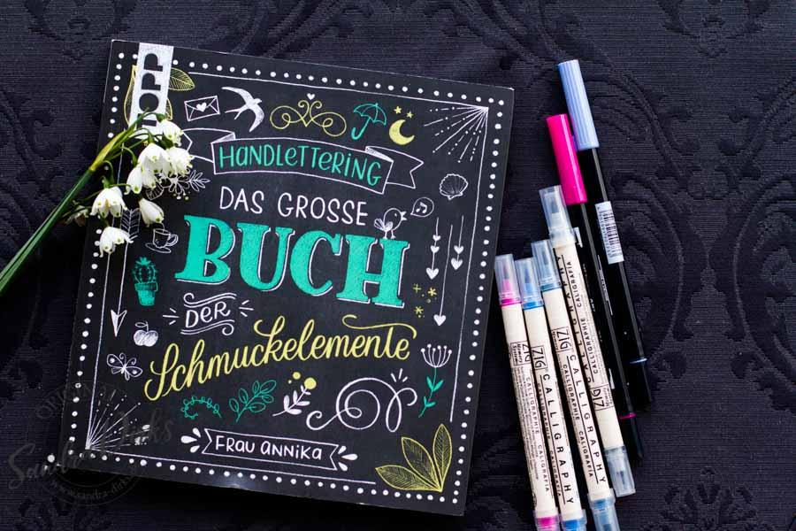 Sandra Dirks - Buchtipp Schmuckelemente Kalligrafiestifte Titelbild