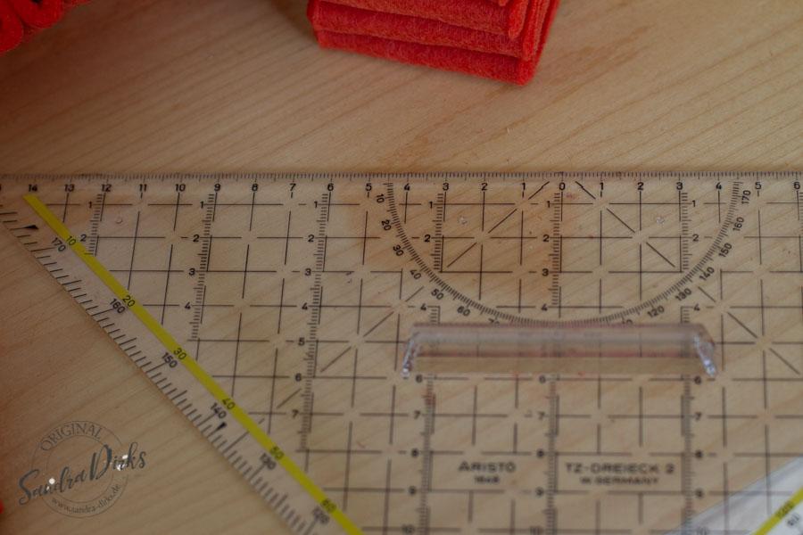 Sandra Dirks - Bastelanleitung Tutorial Stiftehalter aus Filz Material: Geodreieck