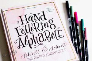 Sandra Dirks - Rezension Lettering Alphabete