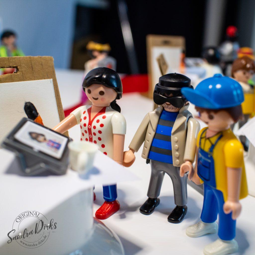Sandra Dirks - Hybrid Meetings durchführen mit CoCreativeflow