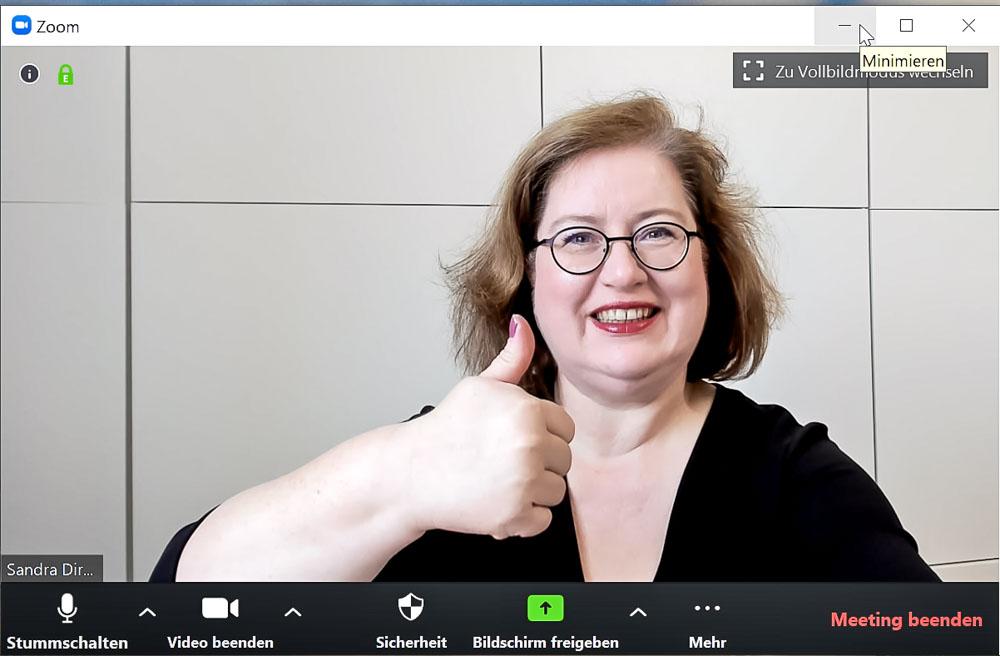 Sandra Dirks - HowTo-Webcam im Zoomfenster auf Augenhöhe mit Logitech Brio